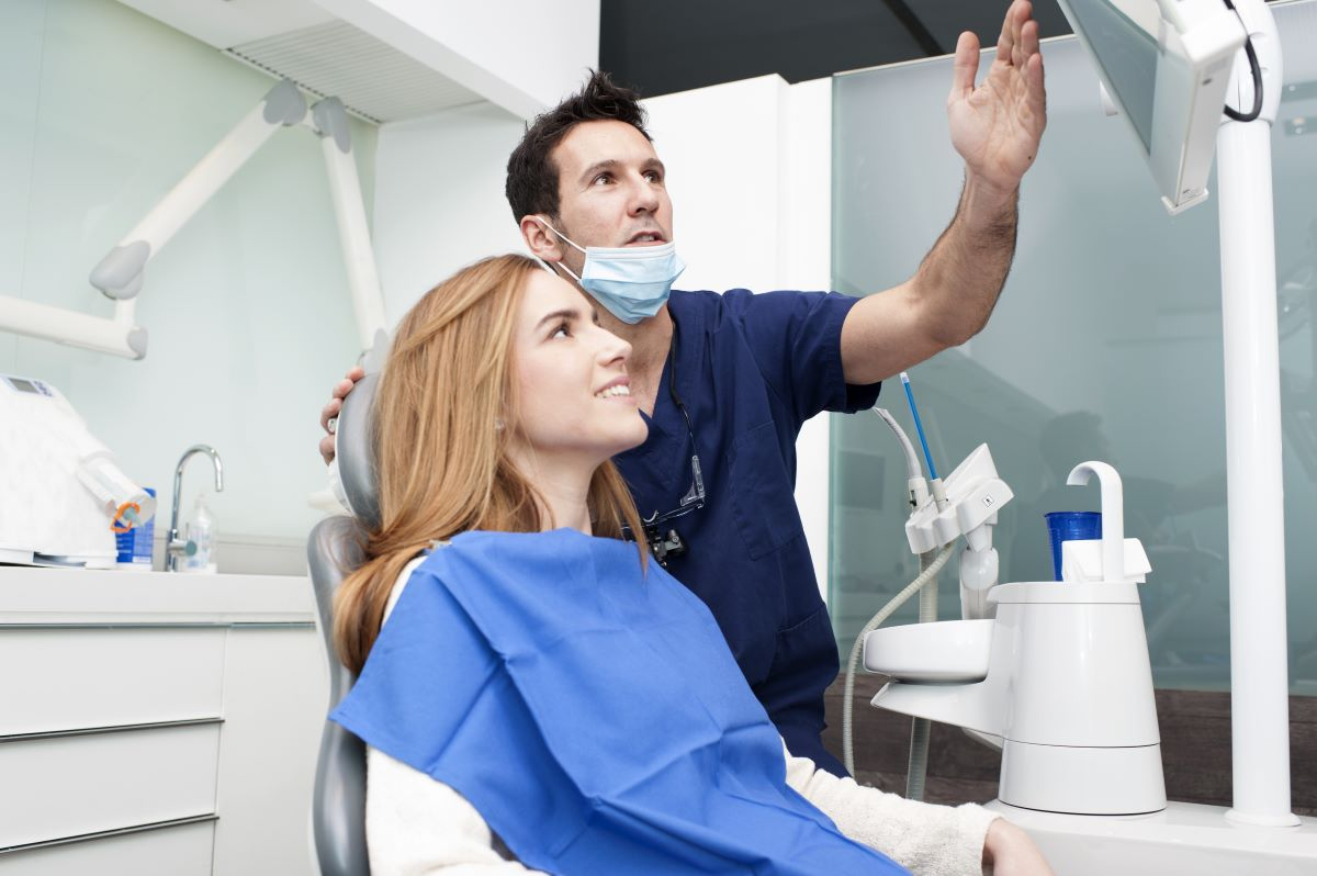 woman at the dentists