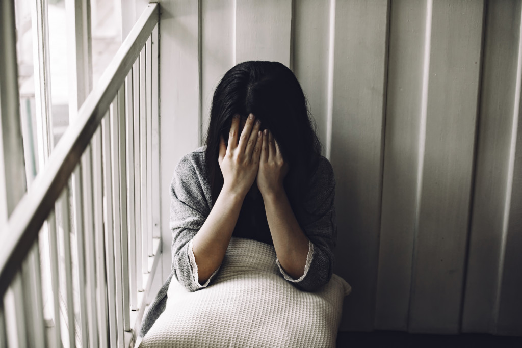 woman with mental health problems