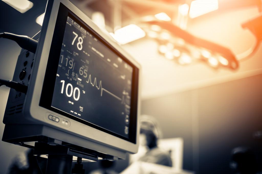 ICU heart monitor